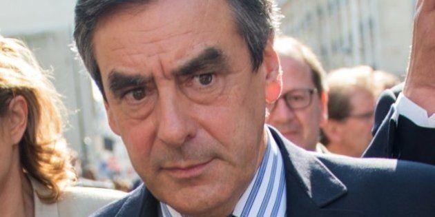 VIDÉO. Fillon hué devant le siège de l'UMP pour le retour de Sarkozy: Ceci n'est pas une