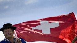 Terminés les parachutes dorés en Suisse? Marine Le Pen en rêve pour la
