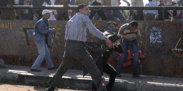 Égypte : des manifestations contre les décisions de Mohamed Morsi