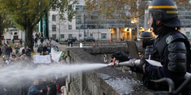 PHOTOS. VIDÉOS. Incidents devant la préfecture de Nantes: les CRS répliquent avec des lances à