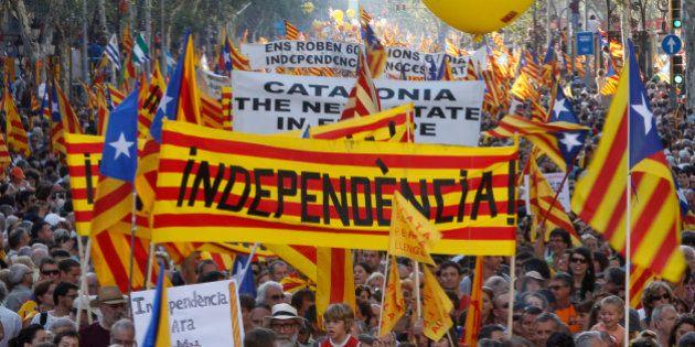 Espagne: ouverture du vote pour les élections régionales en Catalogne, décisif pour une possible indépendance...