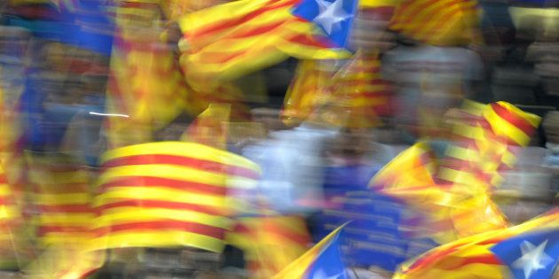 Élections en Catalogne: les nationalistes de Mas en baisse, poussée de la gauche