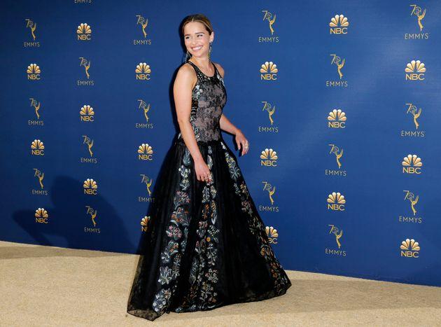 «Ζητούσα να με αφήσουν να πεθάνω»: Η Εμίλια Κλαρκ του «Game of Thrones» είχε δύο ανευρύσματα στον
