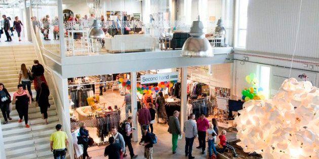 L'entrée du centre commercial ReTuna Aterbruksgalleria, en Suède, dédié aux produits