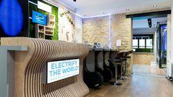 Le café parisien où l'on règle sa consommation en
