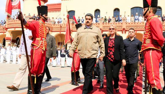 3 Gründe, warum Maduro in Venezuela noch immer an der Macht