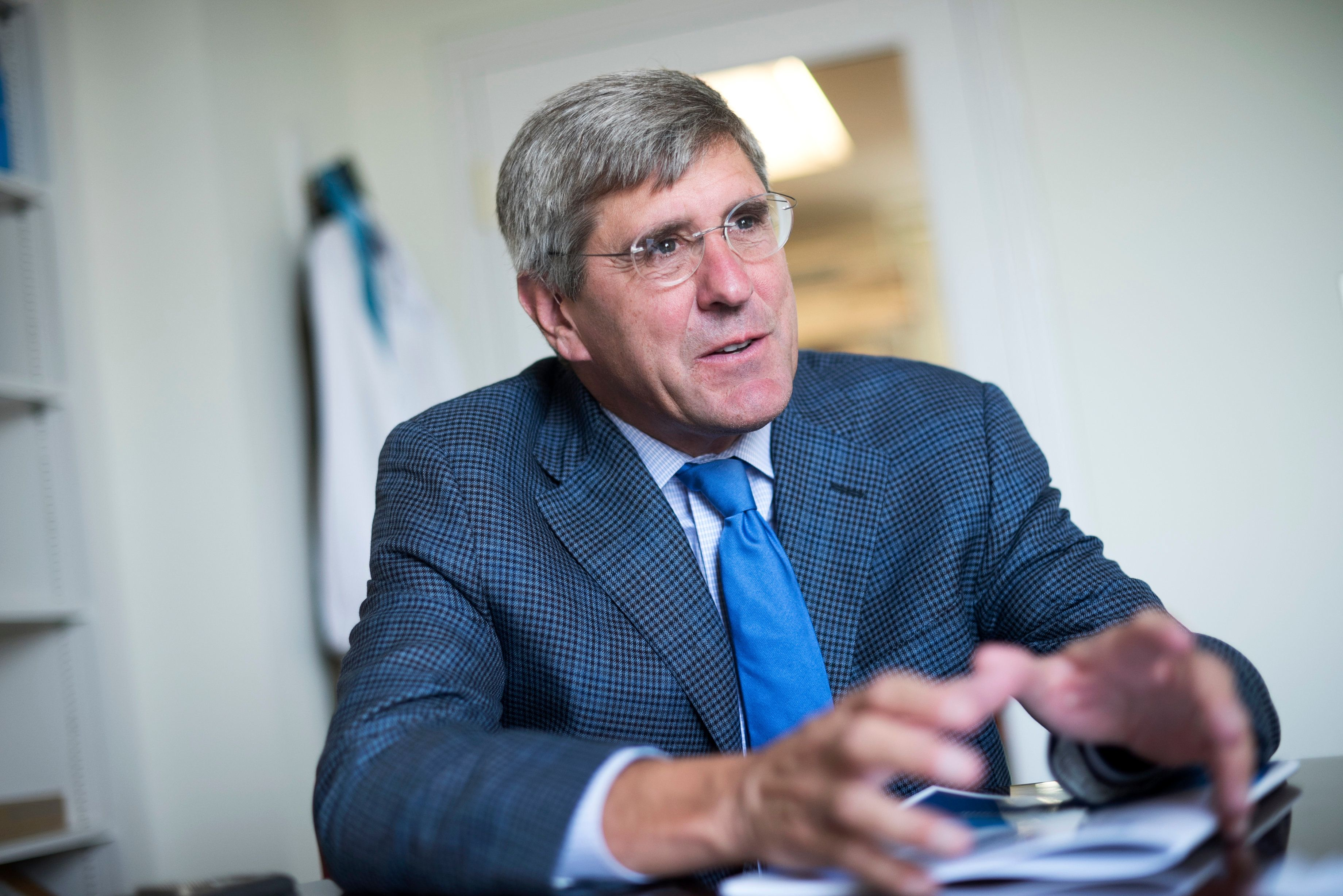 UNITED STATES - AUGUST 31: Stephen Moore of The Heritage Foundation is interviewed by CQ in his Washington office, August 31, 2016. (Photo By Tom Williams/CQ Roll Call)