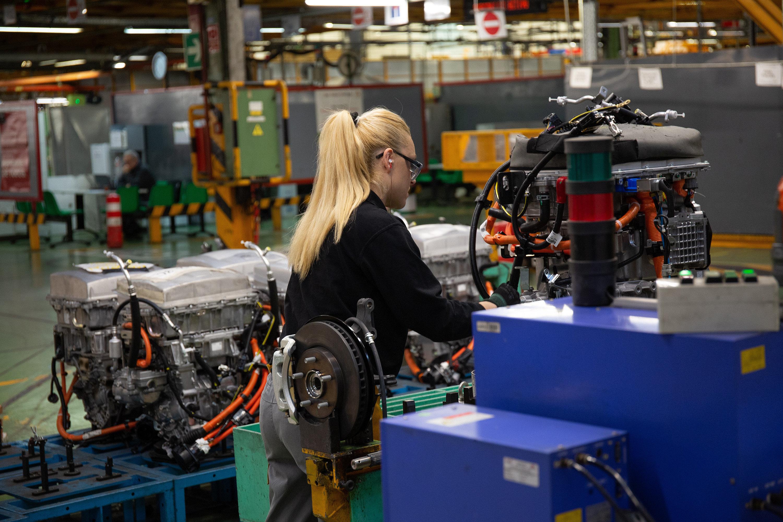 Nissan pretende despedir a 500 trabajadores de la fábrica de