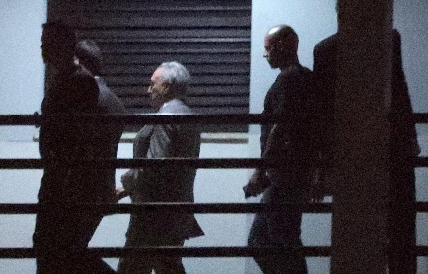 Temer fica em silêncio durante interrogatório; Habeas corpus só será julgado na