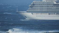 Una avería obliga a evacuar a los 1.300 pasajeros de un crucero en