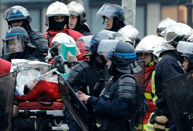 Γαλλία: Νέες συγκρούσεις μεταξύ «Κίτρινων Γιλέκων» και