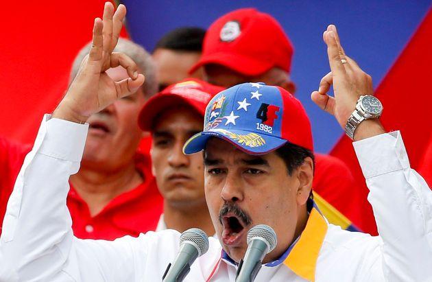 Venezuela: Maduro accuse Guaido d'ourdir un complot pour