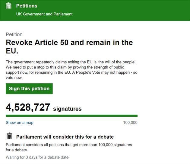 Brexit: Απειλές για τη ζωή της δέχεται η Κύπρια που συγκέντρωσε 4,5 εκατ. υπογραφές για νέο