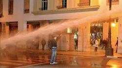 Enseignants contractuels: La police utilise les canons à eau pour disperser les manifestants à