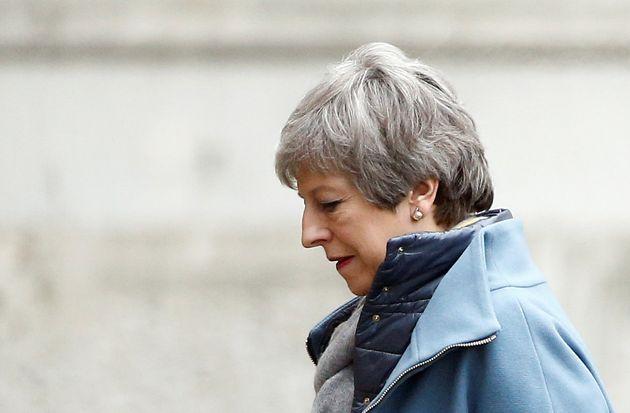 Once ministros conspiran para hacer dimitir a
