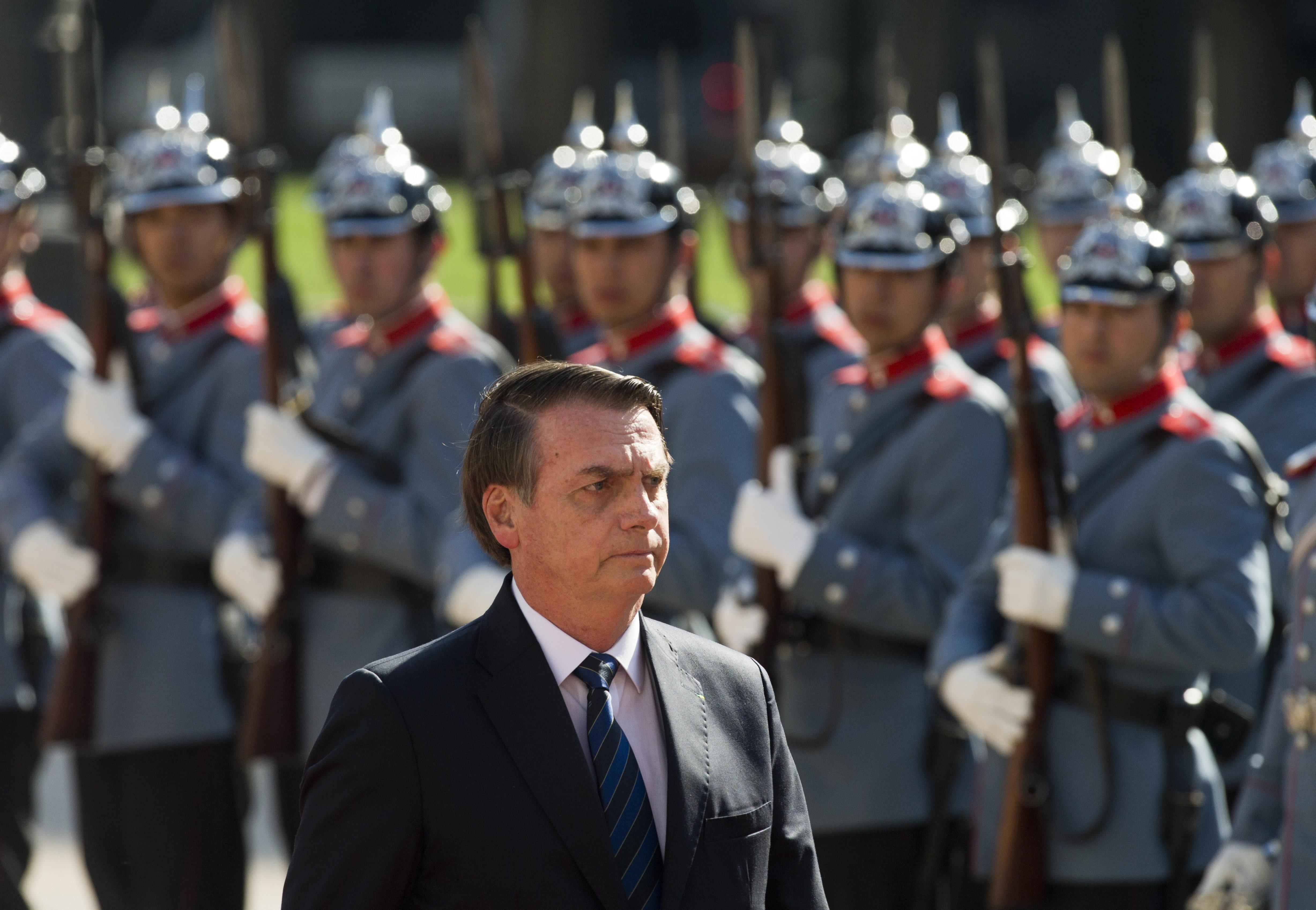 Bolsonaro se reúne com líder do governo para tratar de articulação com a