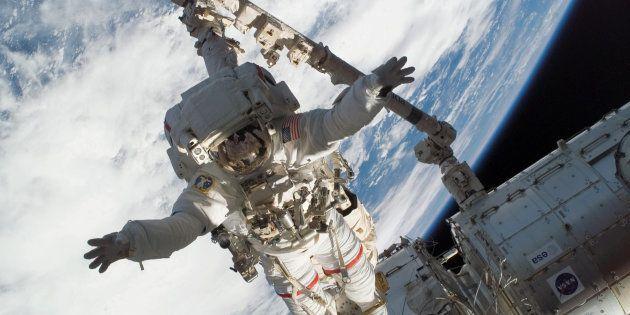 La récente étude émet l'hypothèse que plus un être humain passe du temps dans l'espace, plus son corps...