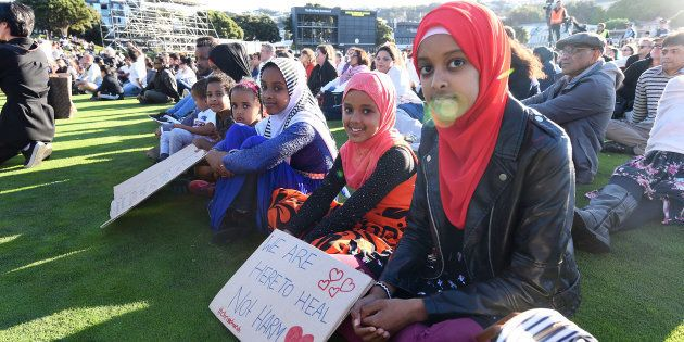 Une veillée funèbre à Wellington en Nouvelle-Zélande, après l'attaque terroriste contre deux mosquées...