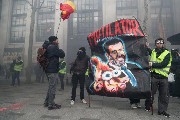 Le ministre de l'Intérieur Christophe Castaner est une des cibles privilégiées dans les cortèges des...