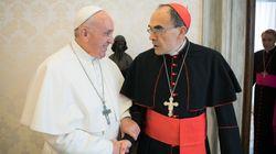 Le pape François refuse la démission du cardinal