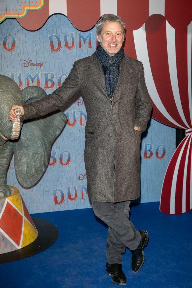 Antoine de Caunes n'a pas raté l'occasion de découvrir le nouveau film Disney réalisé par Tim