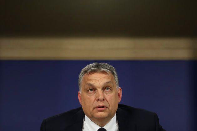 Le parti de Viktor Orban suspendu par la droite