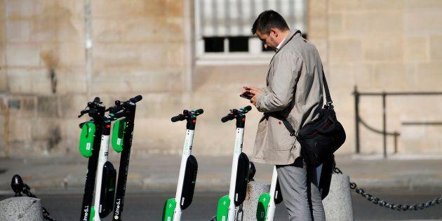 Les trottinettes électriques, scooters et vélos en libre-service et sans station d'attache vont être...