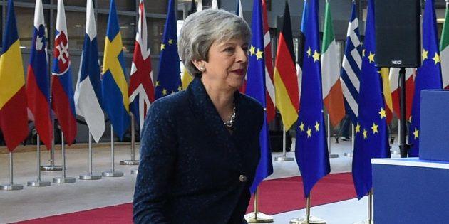 Theresa May arrivant au sommet de l'UE sur le Brexit à Bruxelles, le 21