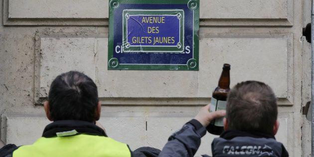 Le 16 mars pour l'acte XVIII, l'avenue des Champs-Élysées a été