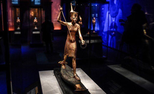 Une statuette de Toutânkhamon exposée à La