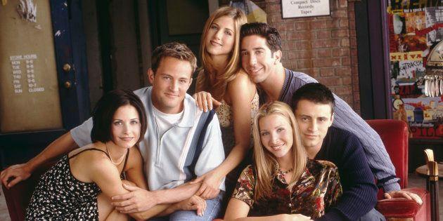 Courteney Cox (en bas à gauche) jouait Monica Geller dans la