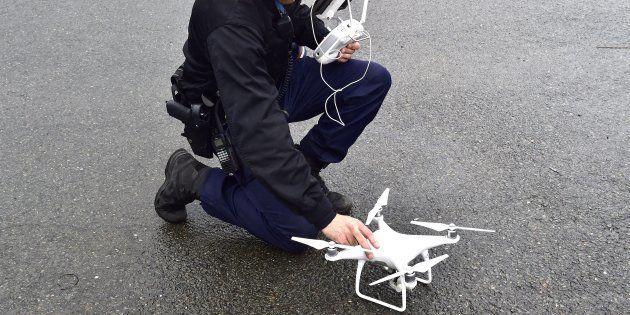 Pour l'acte XIX des gilets jaunes, des drones seront utilisés pour le maintien de