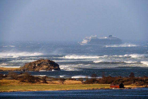 L'évacuation du navire de croisière Viking Sky filmée par ses