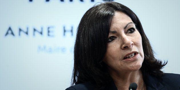 Anne Hidalgo (ici le 21 mars à Auteuil) a une courte avance sur ses potentiels adversaires LREM, selon...