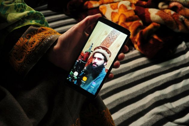 Sister of Owais Malik shows a picture of him on her
