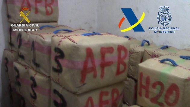 Espagne: Près de 3 tonnes de haschisch provenant de Gibraltar et du Maroc saisies dans un