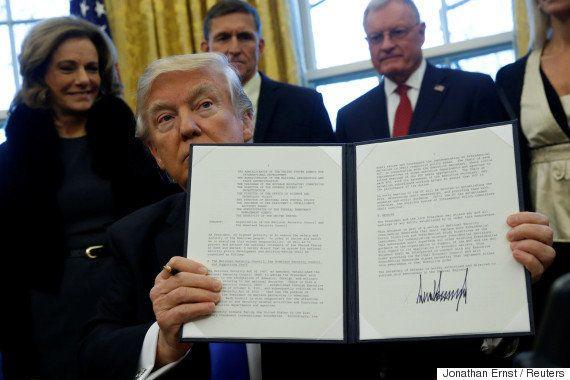 Donald Trump assinou decreto contra imigrantes. E uma onda de protestos se espalhou pelos