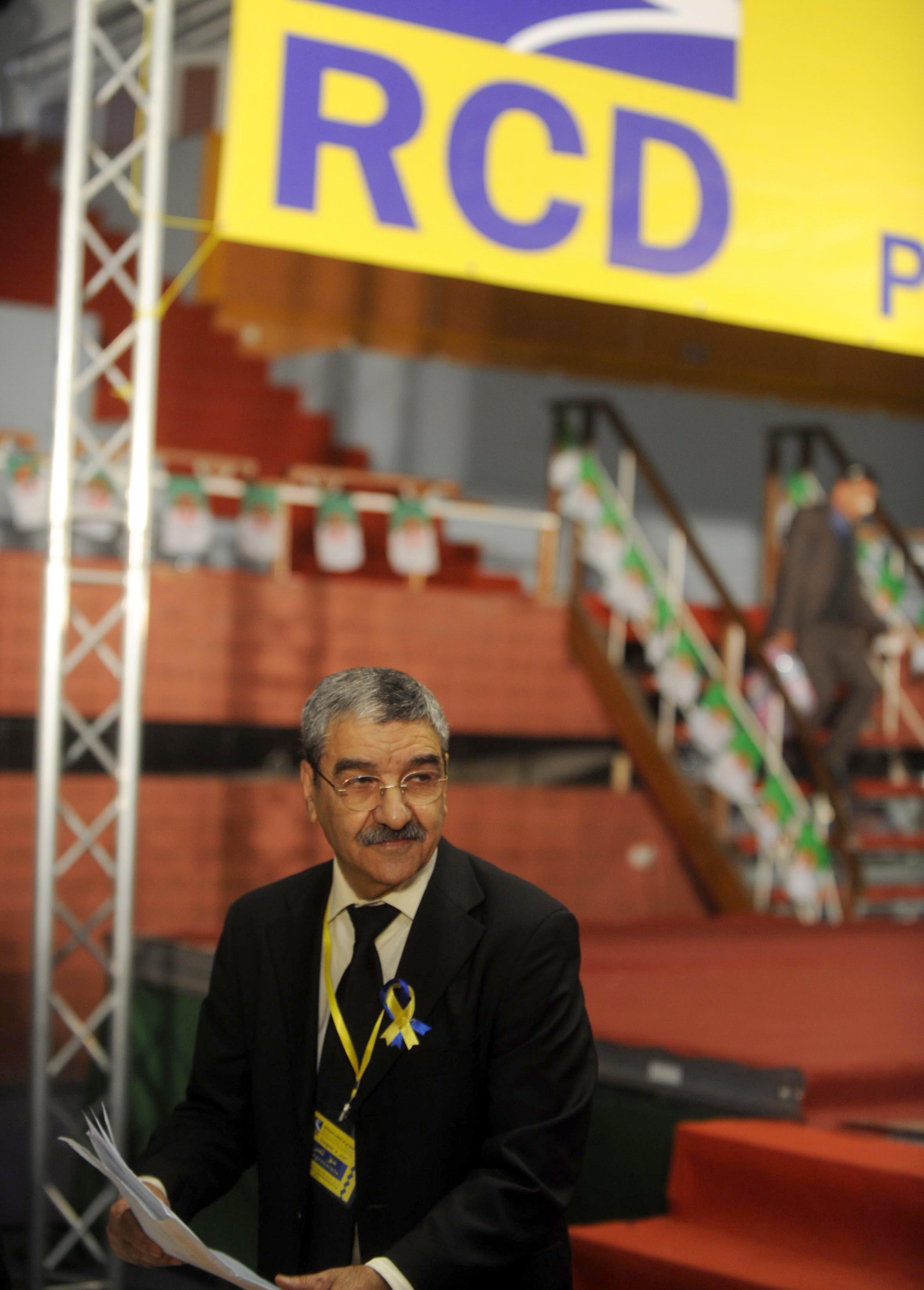 Saïd Sadi craint la récupération par les services