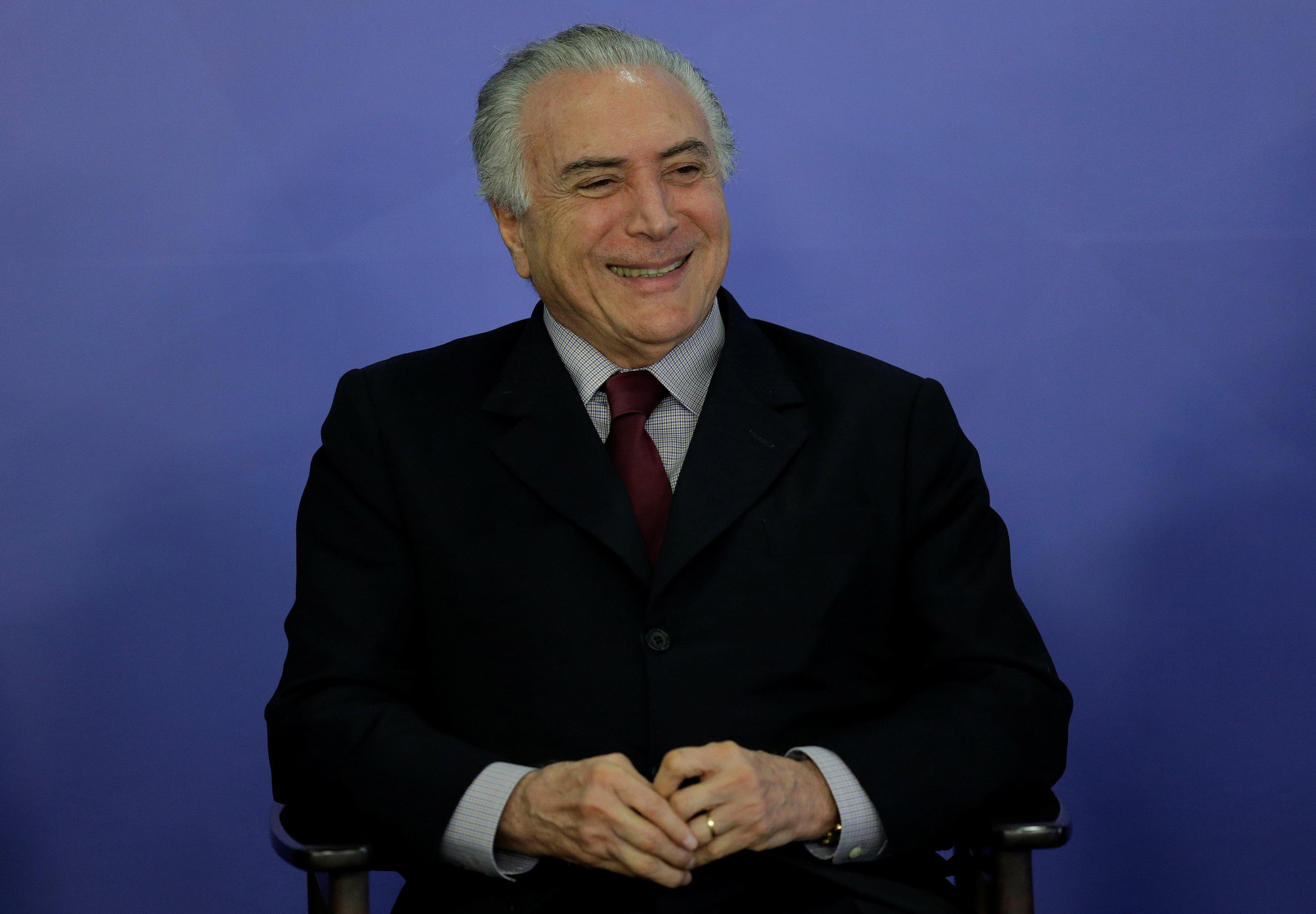 Justiça manda soltar o ex-presidente Michel