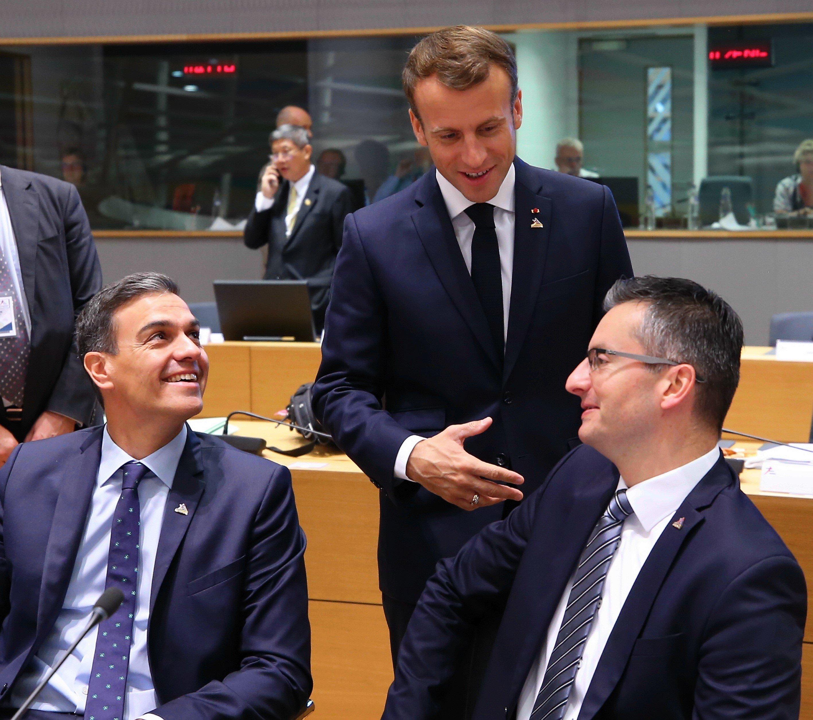 Francia reafirma su confianza en la democracia