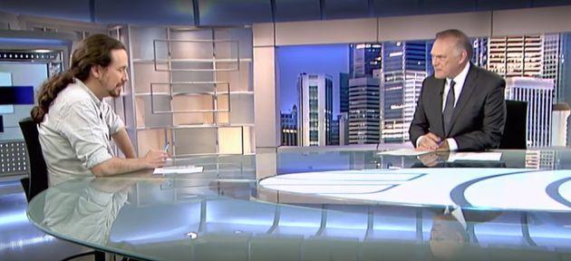 Iglesias carga contra Telecinco en Telecinco y Piqueras le
