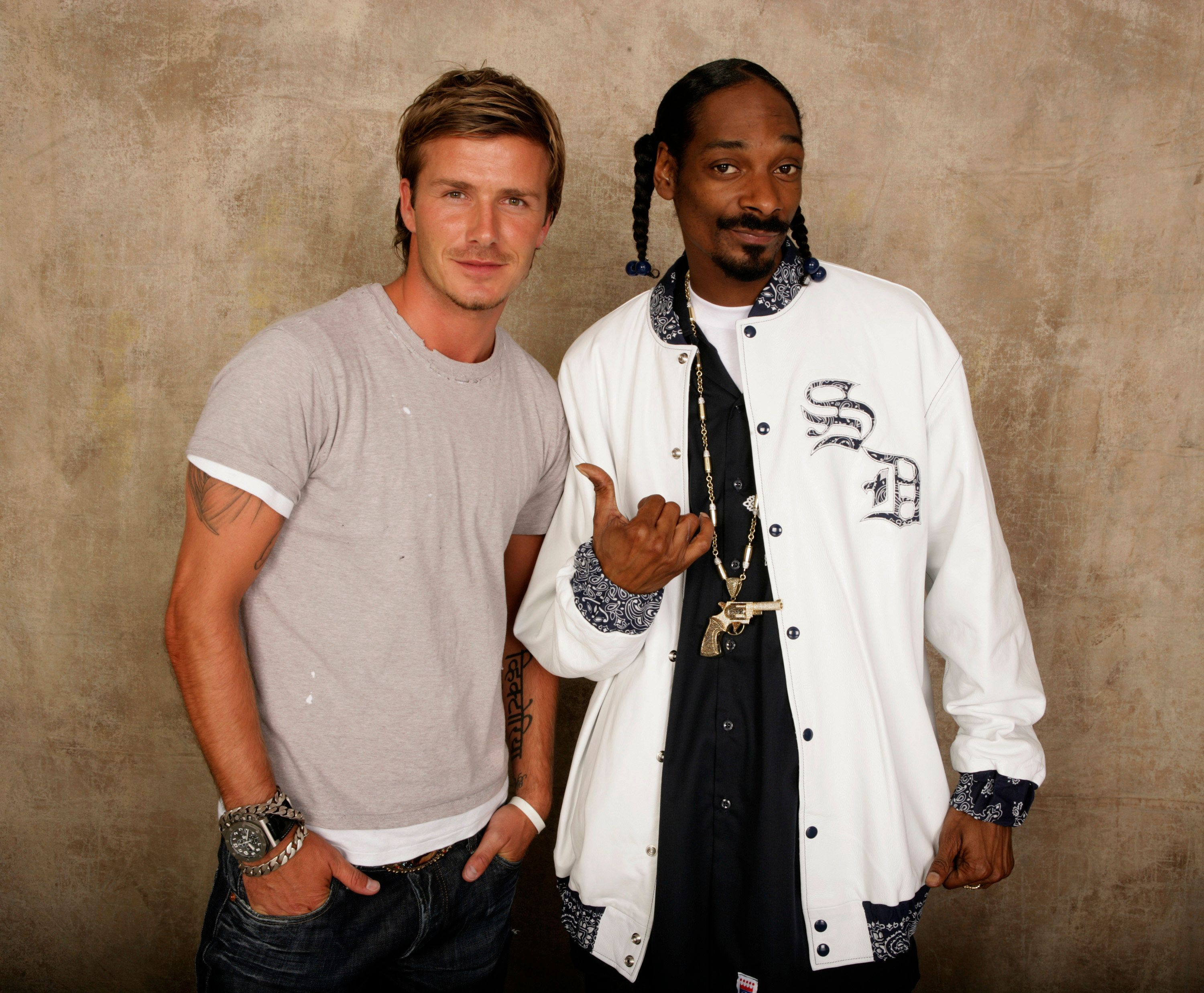 David Beckham and Snoop Dogg met while filming the rapper's reality show in 2007.