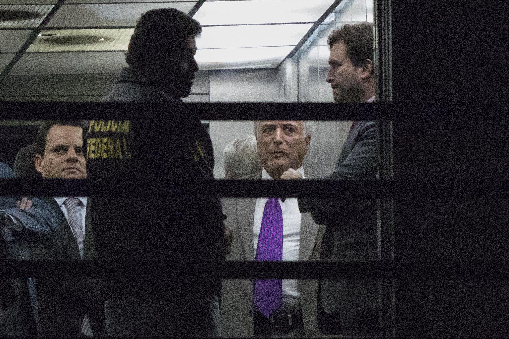 Temer deixa sede da PF no Rio, onde estava preso, após decisão de