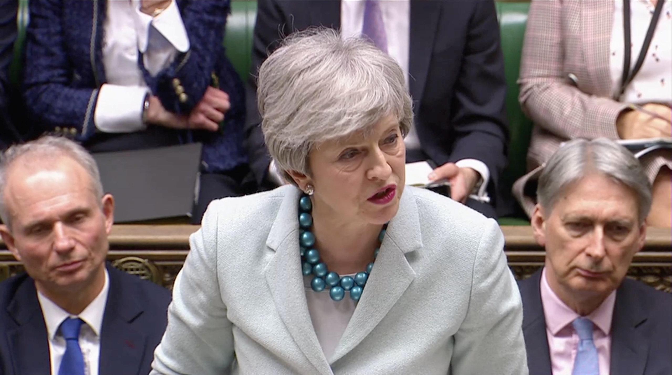 영국 의원들이 총리에게서 '브렉시트 플랜 B' 주도권을