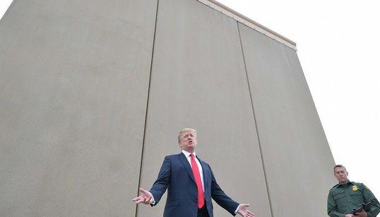 Le Pentagone débloque 1 milliard de dollars pour le mur de