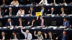 """Top-News to Go: EU stimmt für Uploadfilter – Kritiker sprechen von """"traurigem Tag fürs freie"""