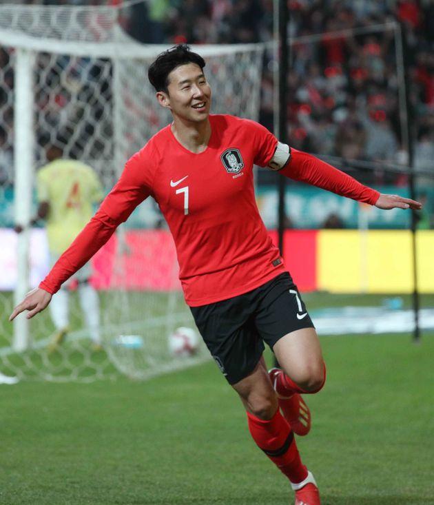 남자 축구 국가대표팀이 콜롬비아를