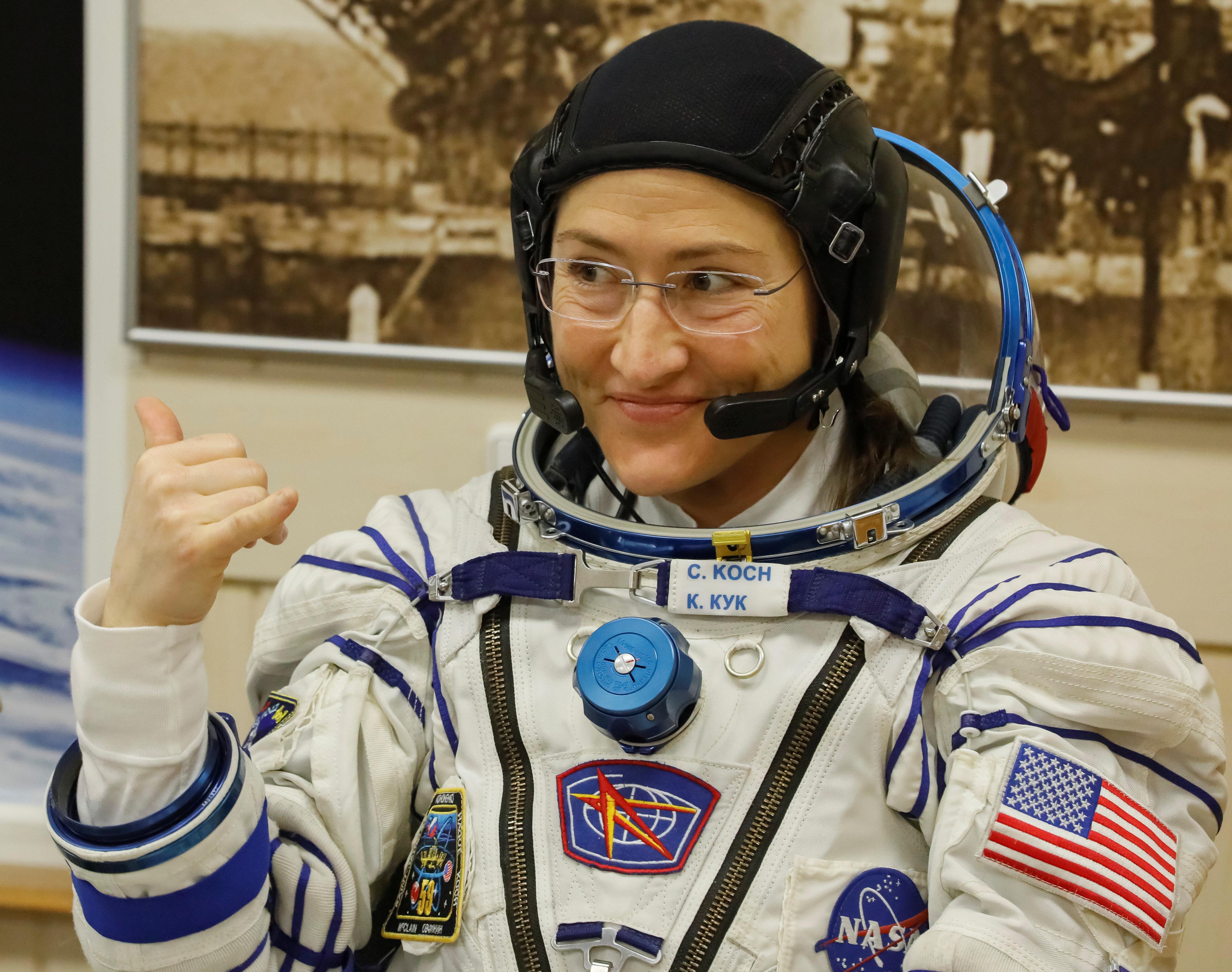 Nasa cancela saída espacial 100% feminina por 'falta de traje em tamanho