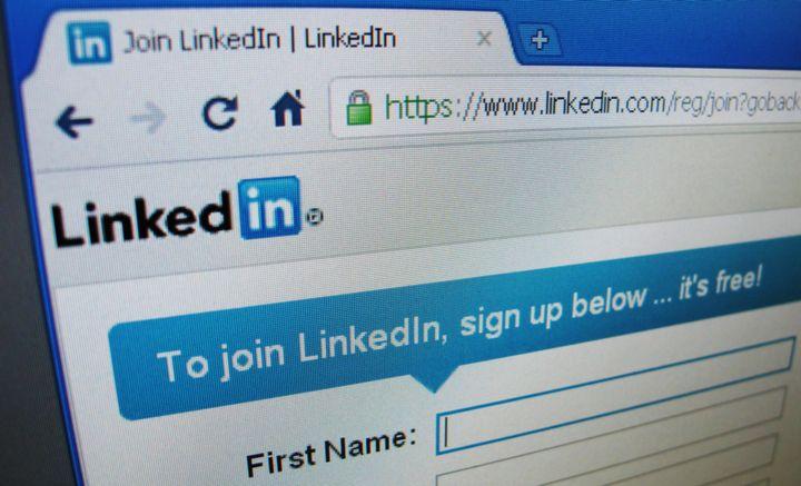 Internship Tips: How To Use LinkedIn To Land Your Next Job