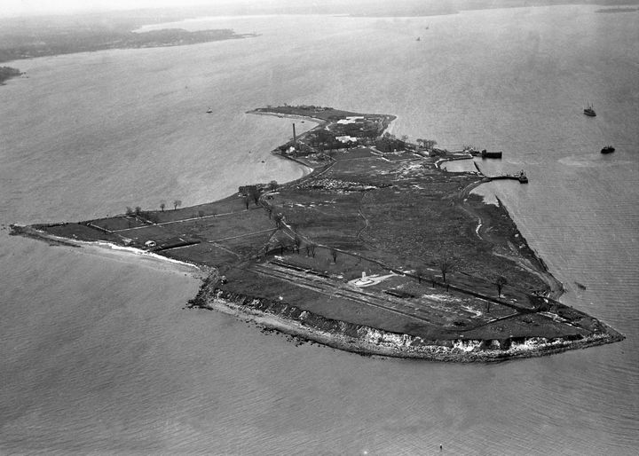 HART ISLAND - FEBRUARY 25:  Aerial view of Hart Island, New York in a photo taken on February 25, 1950. (Photo by NY Daily Ne